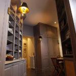 Armoire de cuisine et vaissellier en MDF avec moulures